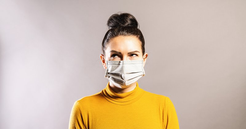 canva-woman-with-mask