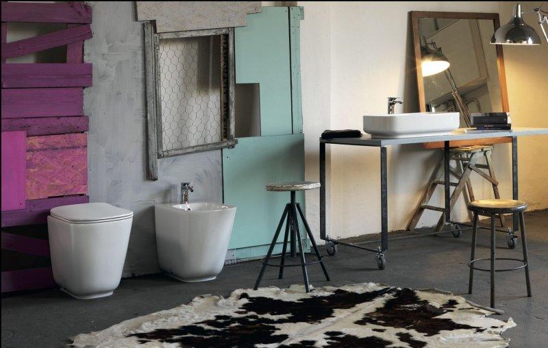 kerasan-tribeca-sanitari-a-terra-e-lavabo-da-appoggio