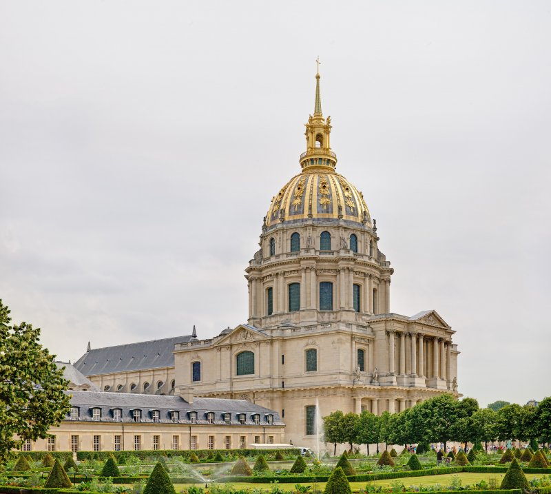 sublime-biennale-arte-parigi-giardini-hotel-des-invalides-1