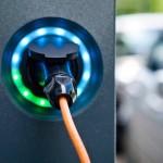 CPM - Colonnina di ricarica di un'auto elettrica