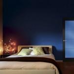 Dierre   Porta blindata interna Silence   rivestimento Trendy 2 laccato nero con pannello blu lucido e profili nero satinato