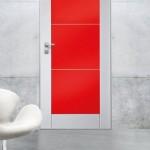 Dierre   Sleek base Sentry 1 con rivestimento Trendy 3 con pannello rosso lucido RAL 9006 e inserti lineari in acciao satinato