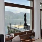 Navello   Villa sul Lago di Como (finestra basculante)